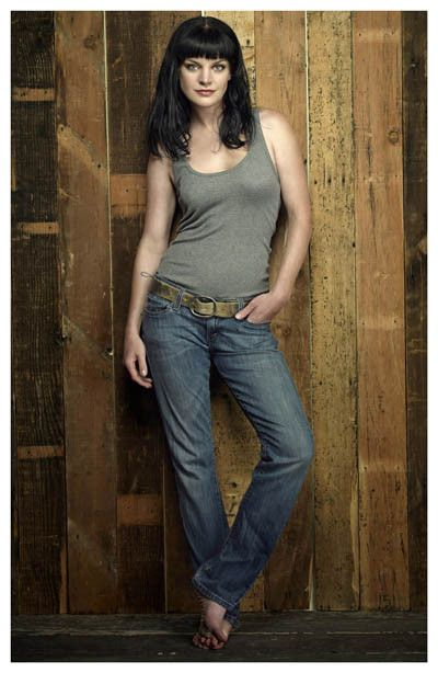 Pauley Perrette Abby NCIS Los Angeles Portrait Poster 11x17