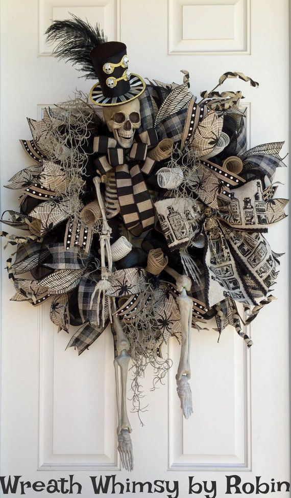 XL Halloween squelette Deco maille Couronne par WreathWhimsybyRobin