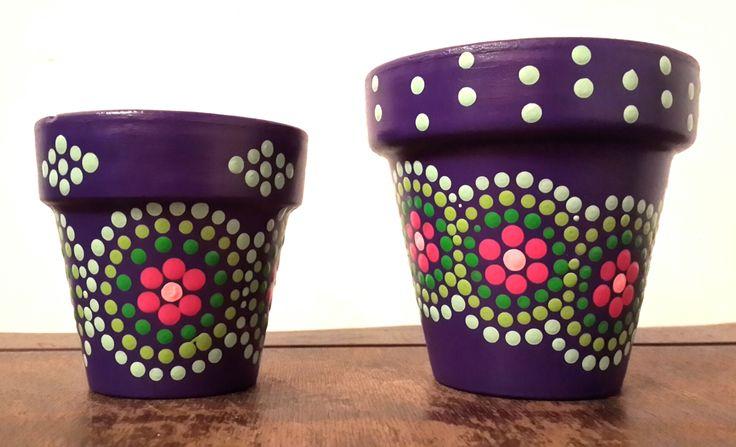 Violet Magic! Hand painted flowerpots. Macetas pintadas a mano. Facebook: A'cha Pots