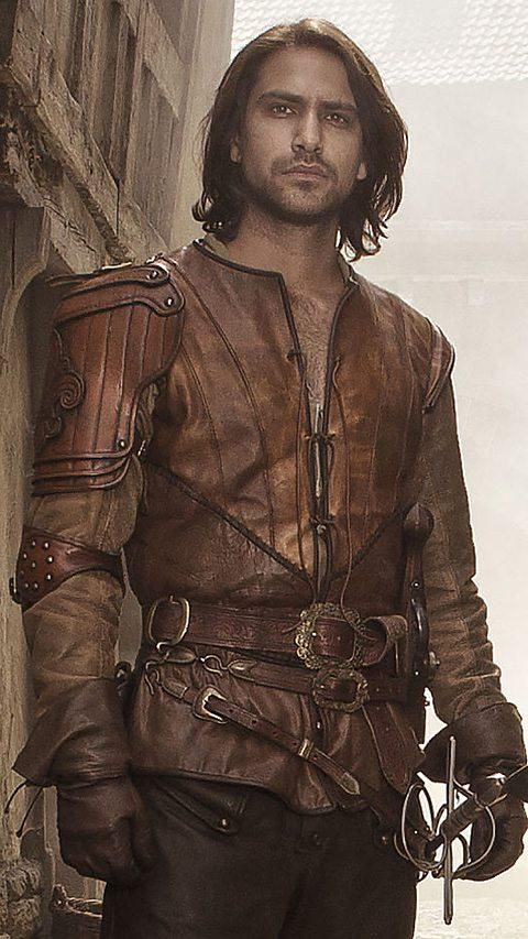 this costume is for Laertes. when i saw of this i thought this would be a perfect look for Laertes.