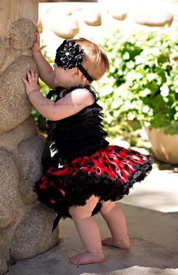 http://no.lady-vishenka.com/halloween-baby-costumes/  42. Halloween kostymer for babyer (50 IDEER)