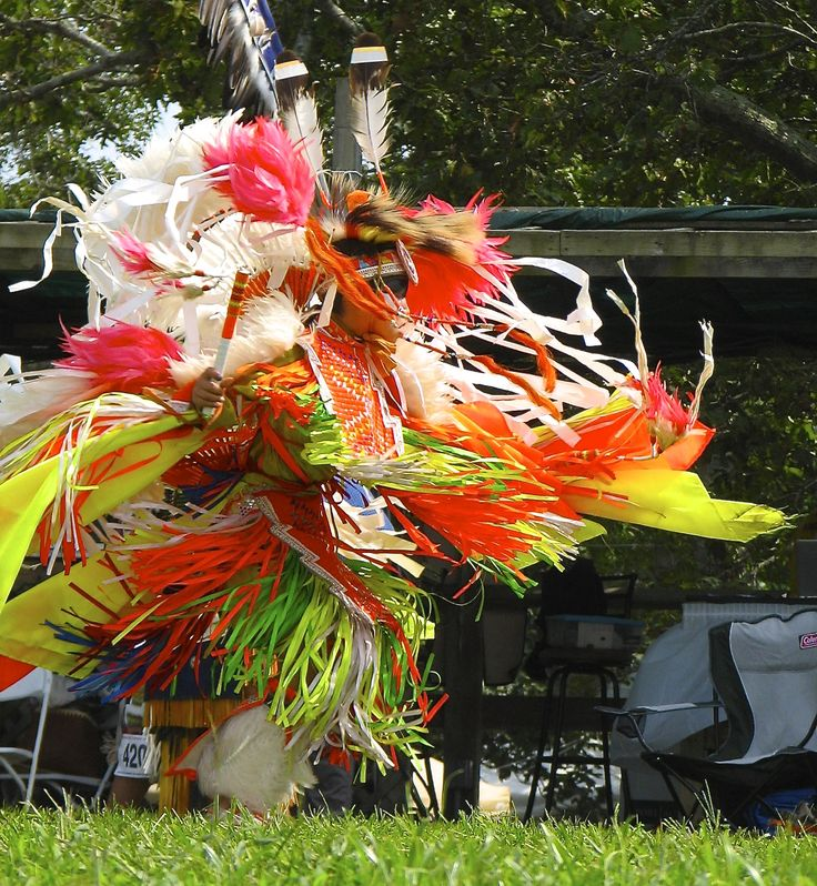Shinnecock Indian Nation Powwow 2013 Shinnecock Reservation, Southampton, L.I., N.Y. Photo by Linda S Geiger ©