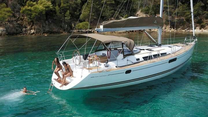 Pin By Juan Grillo On Veleros Sailing Liveaboard Sailboat Sailing Trips