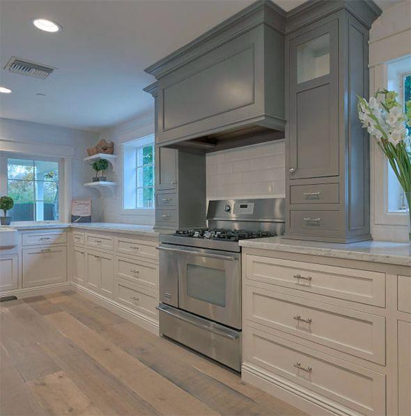 Kitchen And Hallway Flooring: 17 Best Ideas About Kitchen Hardwood Floors On Pinterest