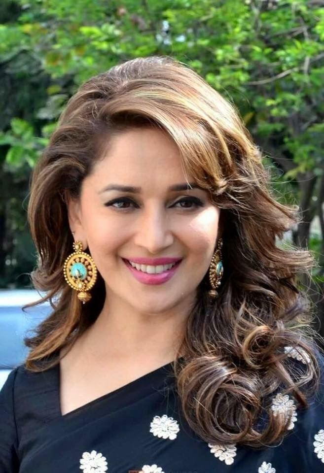 madhuri dixit hair style cutesmile on madhuri dixit and actresses 7730