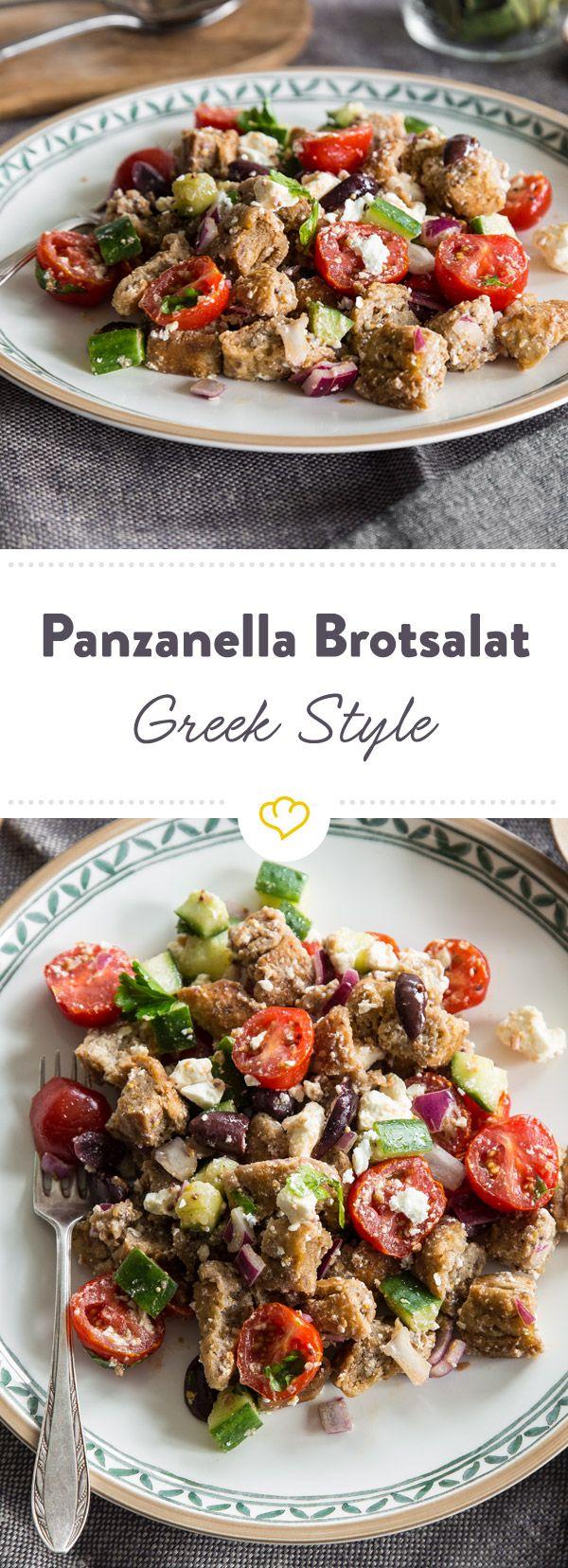 In diesen Panzanella Brotsalat kommen Tomaten, Gurken, Oliven, Zwiebeln und Feta. Dazu gibt es ein Dressing mit Dijon Senf. Einfach köstlich!