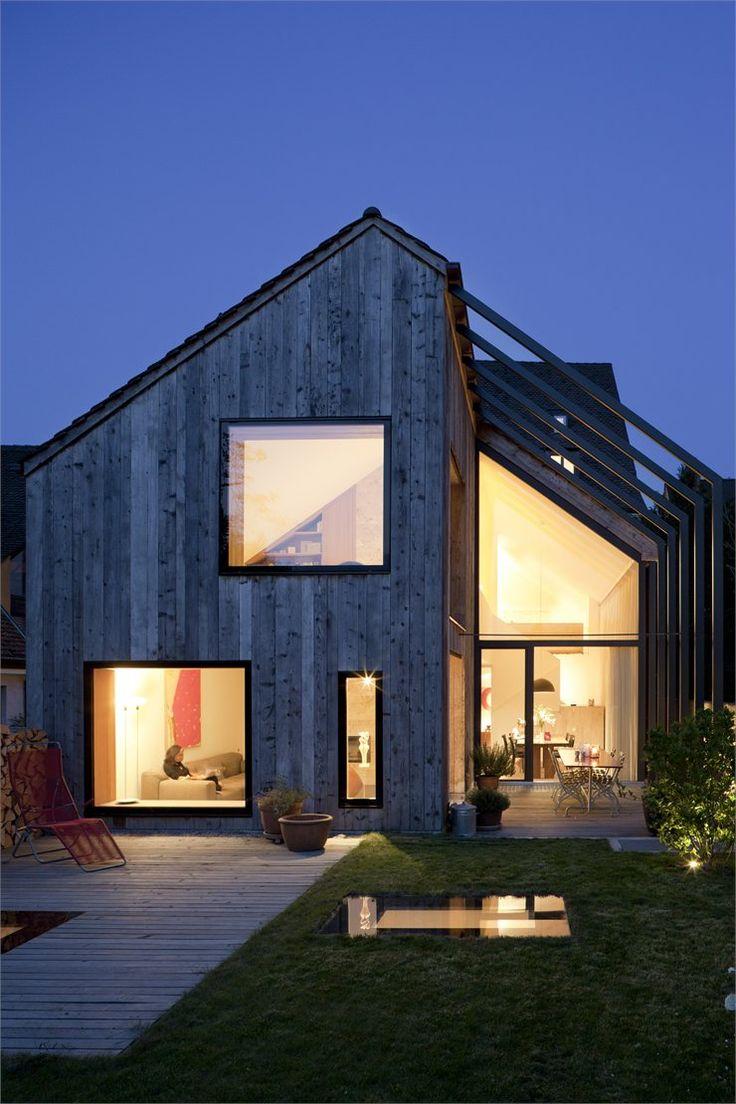 another modern deisgn farmhouse. Kirchplatz Office + Residence, Muttenz - Basel, 2012 by Oppenheim Architecture + Design