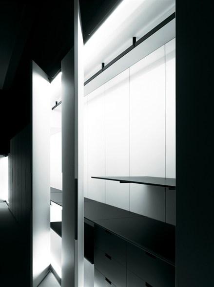 Solferino wardrobe by Boffi _