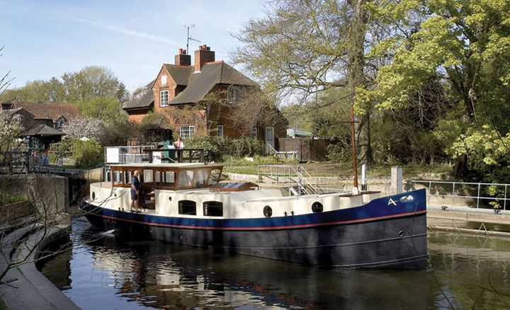 Dutch Barge Voyager Widebeam Canal Boat Image Gallery   Aqualine
