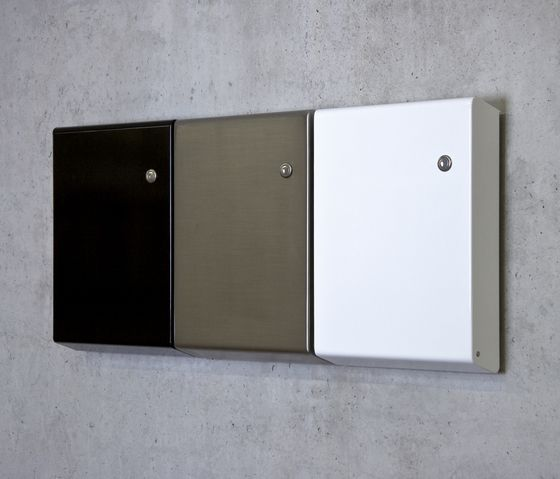 Miscellaneous | Fittings | Slim letterbox | Serafini | atelier. Check it out on Architonic