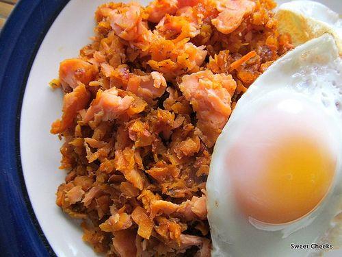 smoked salmon sweet potato hash | yummy yummy | Pinterest