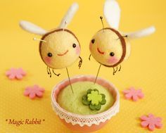 【Magic Rabbit】Feltneedle wool - ハチ To me these look like bees.