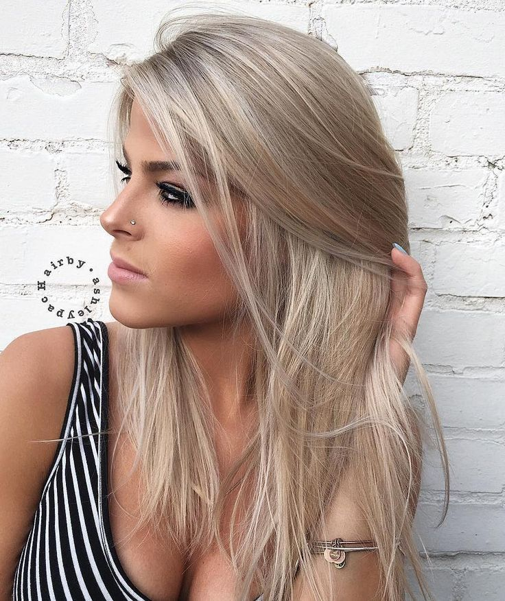 Medium+Ash+Blonde+Hairstyle+For+Straight+Hair