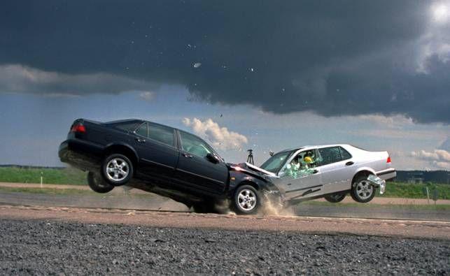 Incidente stradali con feriti, quando l'assicurazione non paga il danno? Perché? Vediamo cosa stabilisce la legge prima e dopo la Riforma 2012.