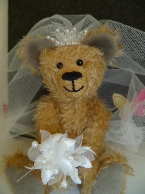 The JABAKAT Wedding bear.