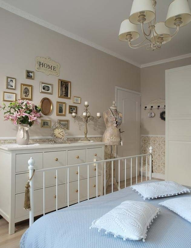 I love the mix of different picture frames in the wall as a decorative statement