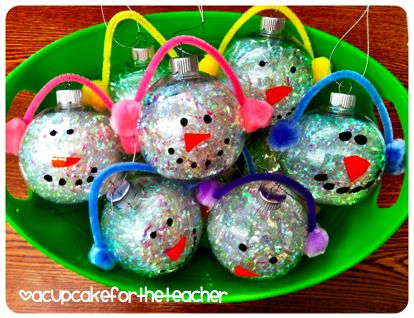 A Cupcake for the Teacher: Christmas  ornaments for parents:  I love you snow much!