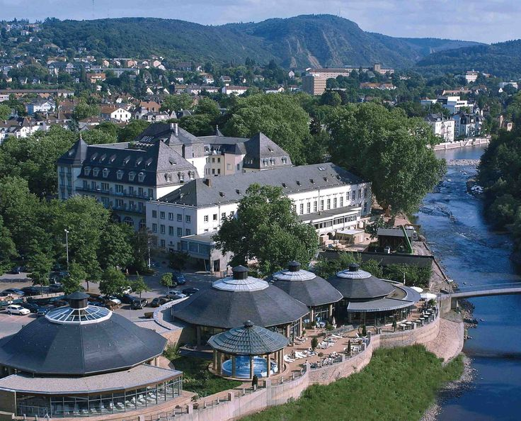 PK Parkhotel Kurhaus is a gracious hotel built in 1913 and situated in the SPA-Garden of Bad Kreuznach, on an island surrounded by the river Nahe. http://www.dominahotels.com/