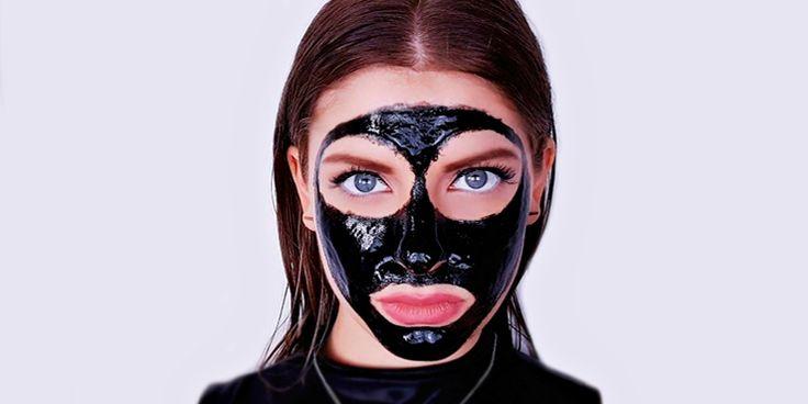 Razones para regalarle a tus tapados poros una Black Mask