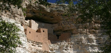 I hate to admit it, but I was as impressed by Montezuma's Castle as I was by the Grand Canyon. It is THAT cool.