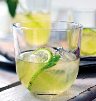 Das Rezept für Martini-Eistee und weitere kostenlose Rezepte auf LECKER.de