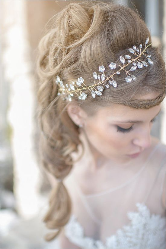 sparkling golden wedding hair piece Hair News Network ~ HNN ~ LIKE US ON FACEBOOK! https://www.facebook.com/pages/Hair-News-Network/131179072930
