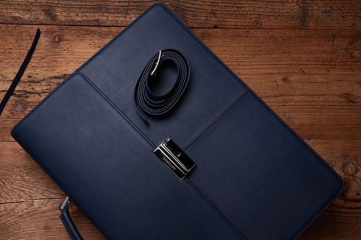 Briefcase - Wikipedia