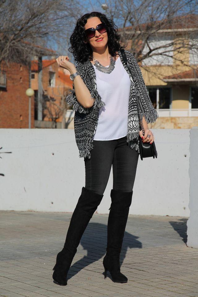 ETHNIC LOOK WITH OVER THE KNEE BOOTS | Cuidar de tu belleza es facilisimo.com