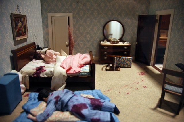 Miniature Murder Scene -The Judsons family didn't make it through Halloween night, 1937. All the windows and doors were locked from the inside.