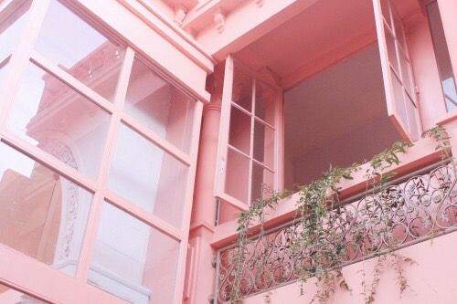 A HINT OF PINK | TheyAllHateUs COLOUR INSPIRATION