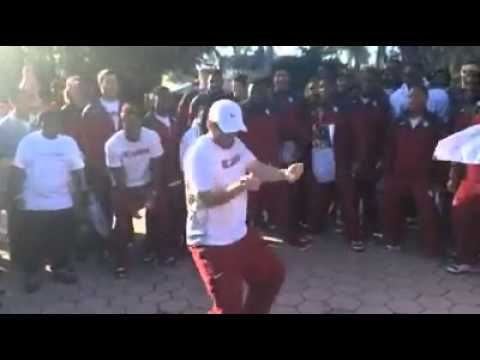 Baker Mayfield (Oklahoma QB) Showing some moves - YouTube
