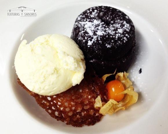 Coulant De Chocolate Chocolate Coulant Helado De Vainilla