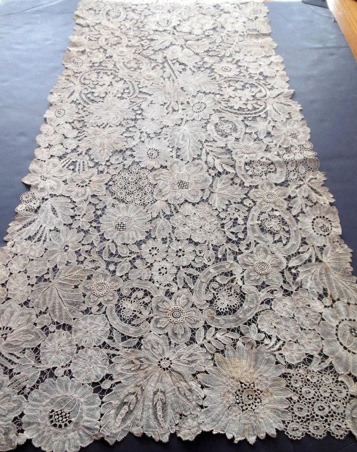 "Antique Handmade Brussels Duchesse Lace Shawl / Stole 18x119"" J.P. Morgan VC23"