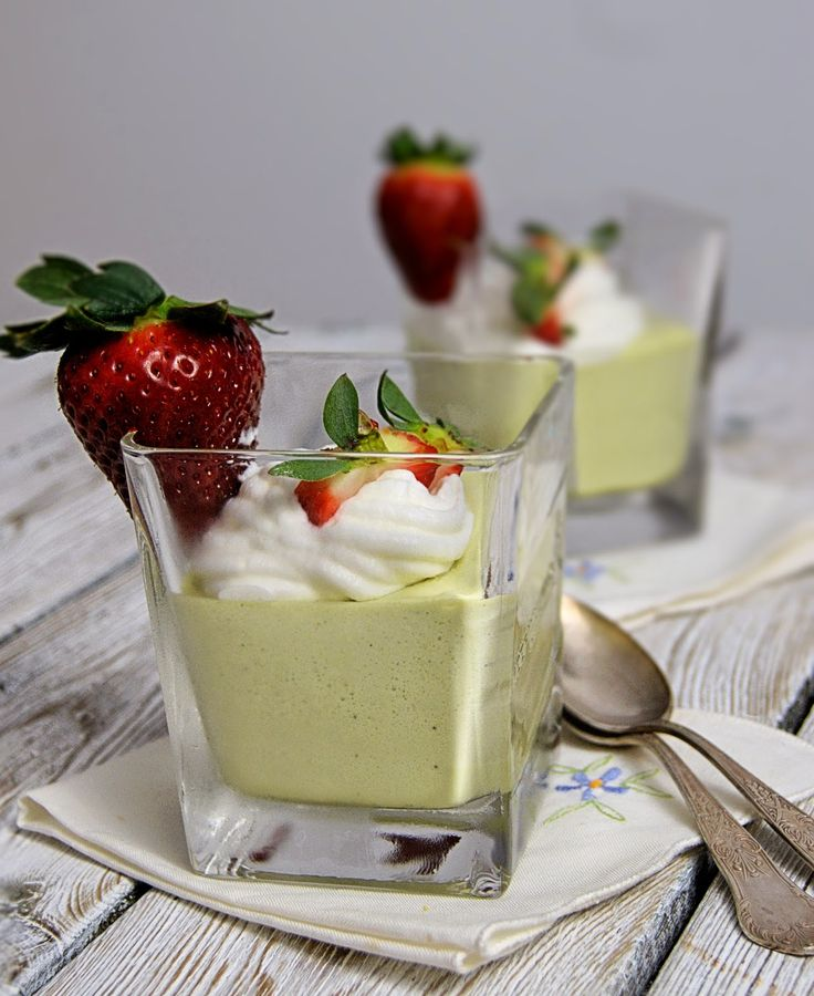 szczypta smaQ: Mus z białej czekolady i zielonej herbaty
