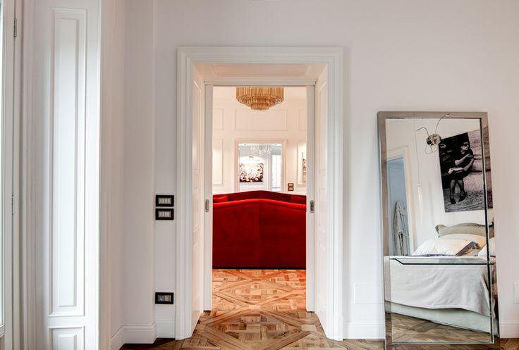Bedroom in Piazza Cadorna apartment www.nomadearchitettura.com