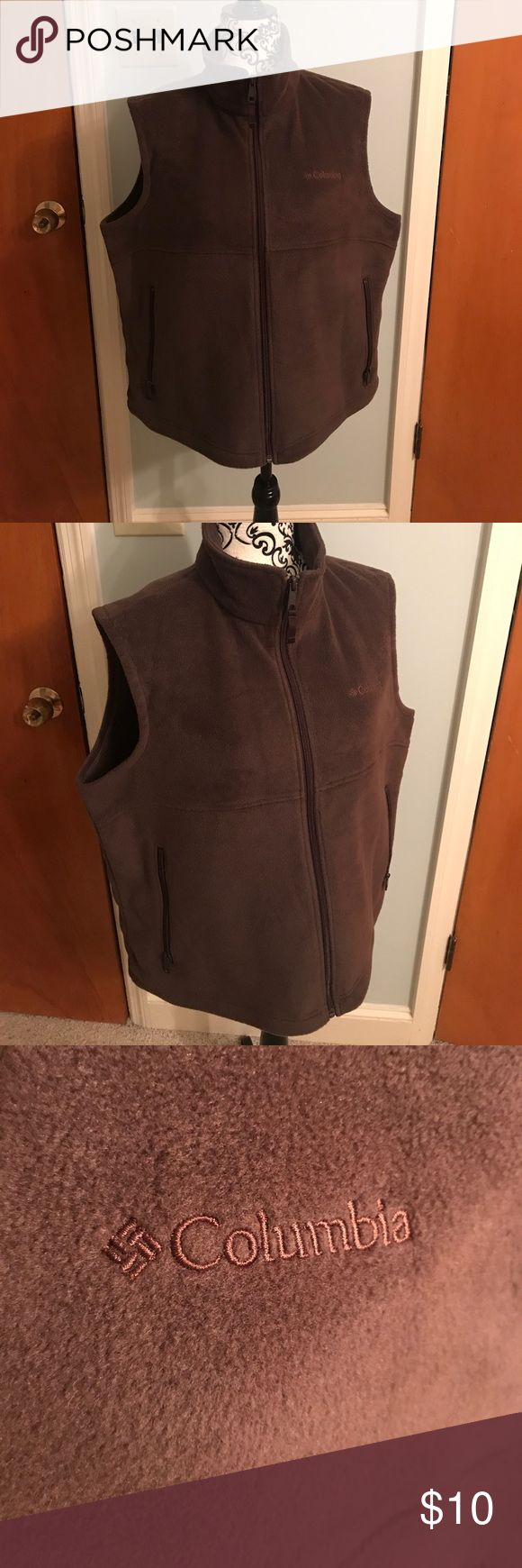 Women's Fleece Columbia Vest Women's Fleece Columbia Vest. Brown with two side pockets. In Excellent Condition. No stains or signs of wear! Columbia Jackets & Coats Vests