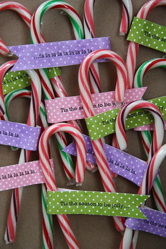 Simple candy cane treat