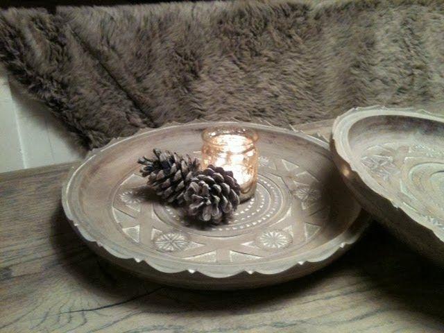 WONEN a la Mar | Houten borden bewerkt met verfafbijt en paste wax