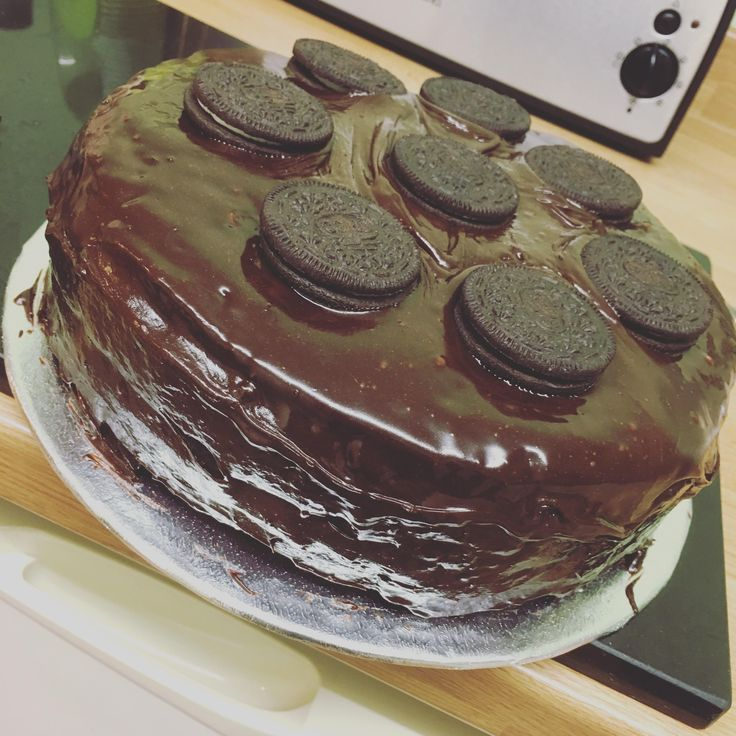 There aren't any vegan bakeries near me so I always make my own cakes for my friends and I! Definitely not healthy but definitely super tasty