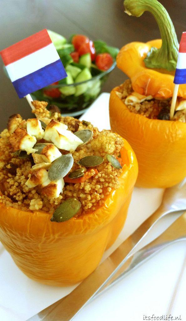 Koningsdag recept: Vegetarisch gevulde Oranje paprika met couscous, rozijnen en dadels   It's a Food Life