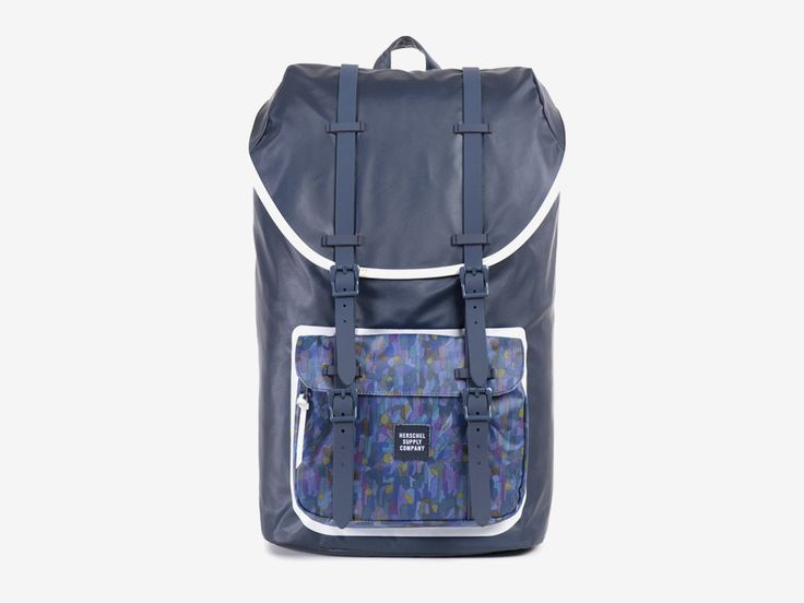 Batoh Herschel Supply & Liberty London – tmavě modrým barevné vzory – Little America Backpack – Volcanism Liberty print