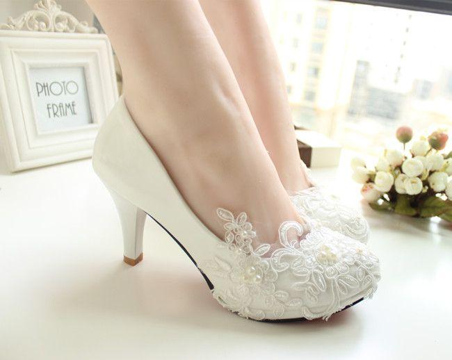 Mulheres Bombas de Casamento Sapatos tamanho grande 41 42 Artesanal de rendas Branco Sapatos de Noiva Sapatos de Dama de honra do banquete vestido 8.5 cm Calcanhar em Bombas das mulheres de Sapatos no AliExpress.com   Alibaba Group