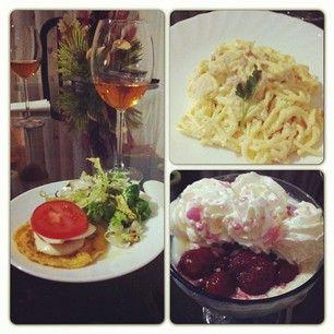 Esta cena la patrocina Alina Georgia! :D #food #comida #cena #carbonara #mozarella #panacota