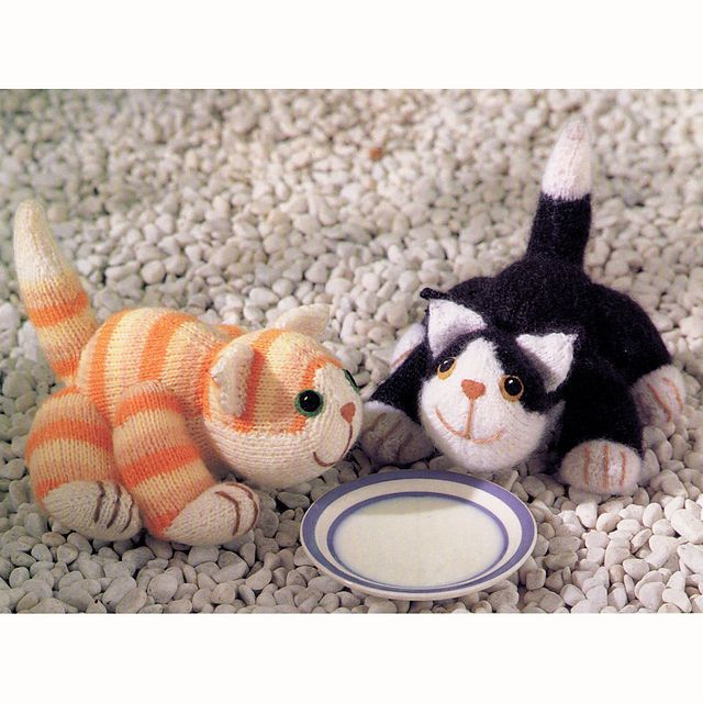 Knitted Cat Pattern : knitted cats Knitting Pinterest