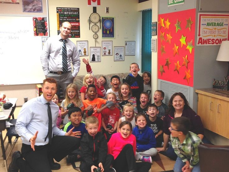 We had a blast today hanging out with Mrs. Lascelle's Grade 2 class at St. Michael School. They won Classroom of the Month for September! We handed out lots of prizes from Elite Kitchen's and Decor, HSE Integrated, Bank of Montreal, Dairy Queen,...