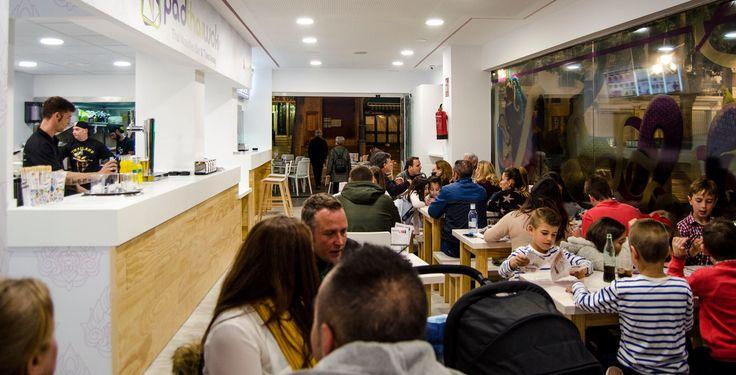 Thai Noodles Bar. Restaurante de Cocina Tailandesa Moderna y Asiática en Torremolinos. Comida para llevar y Servicio a Domicilio en Torremolinos.  Plaza de la Union Europea, 20. Loc. 5 29620 Torremolinos, Málaga, España Telfs. (+34) 952 05 49 91 / (+34) 608 48 88 85