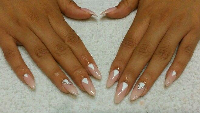 Roxy's nails festive Stiletto