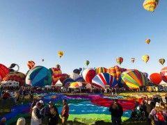 Timelapse : Festival de montgolfières à Albuquerque