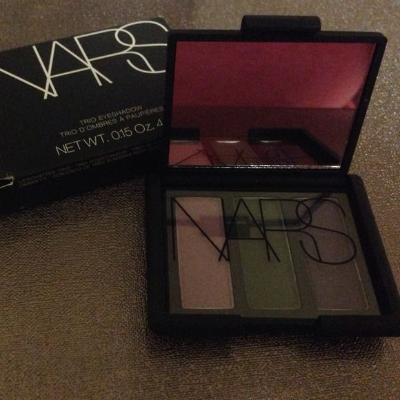 Nars eyeshadow palette New in box, never used. No trades nars Makeup Eyeshadow