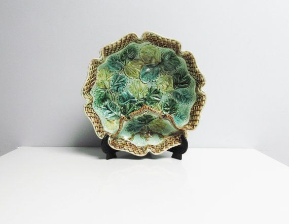 A lovely and rare antique Majolica / Barbotine strawberry bowl/strawberry dish, platter with compartment for cream or sugar, from the 1890s, with a